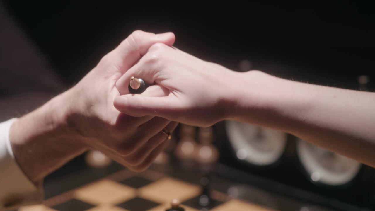 The.Queens.Gambit.S01E07 6 Copy